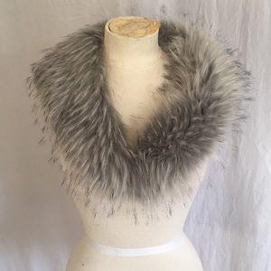Faux fur neck collar scarf wrap silver gray
